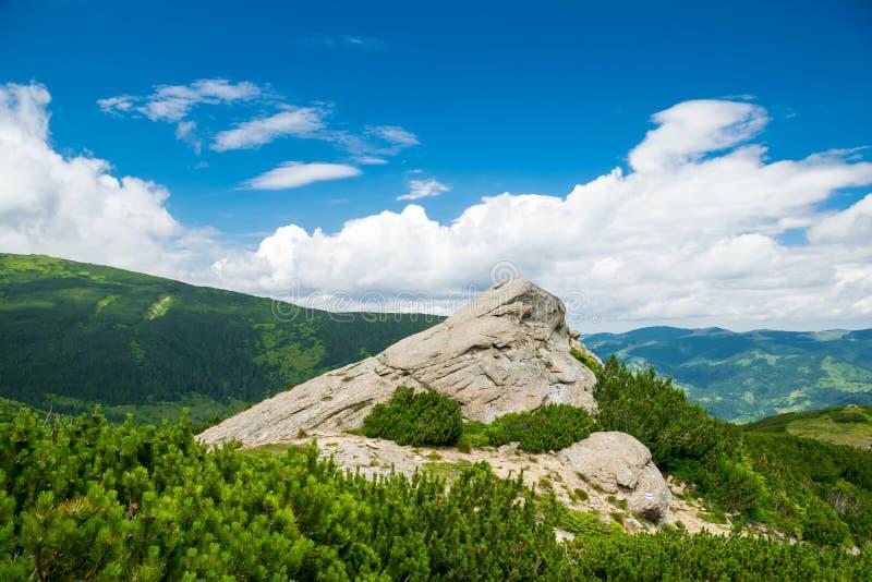 Paesaggio della montagna e della roccia fotografia stock libera da diritti