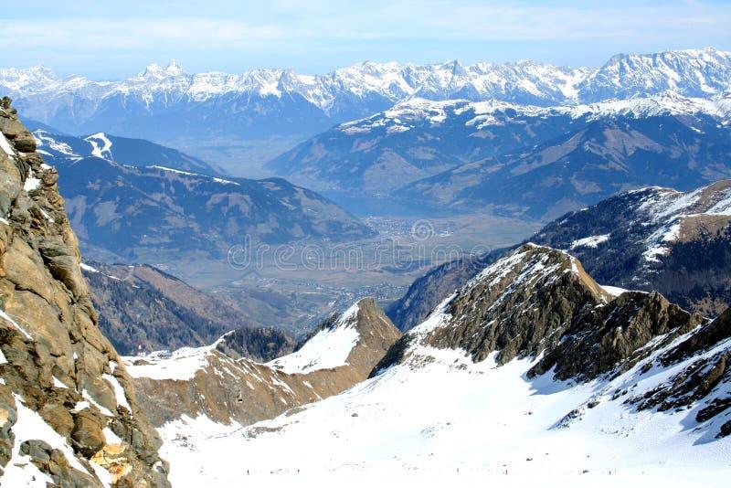 Paesaggio delle montagne delle alpi fotografia stock