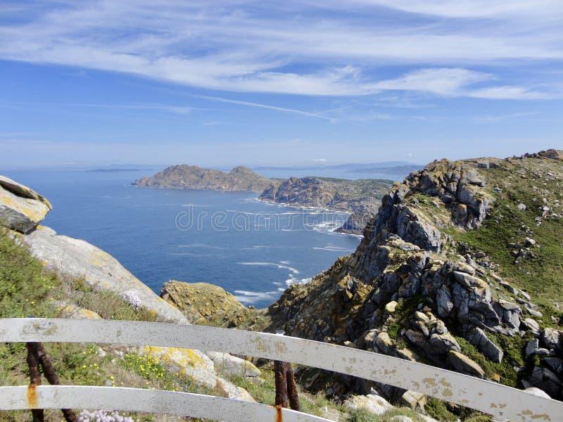 Paesaggio di bella vista delle isole rocciose immagine stock libera da diritti
