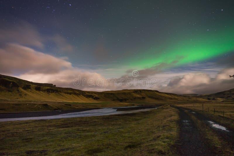 Paesaggio di cui sopra di Aurora Borealis dell'aurora boreale in Islanda fotografia stock