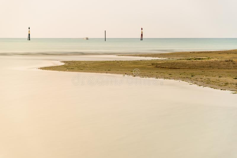 Paesaggio di estate dentro la laguna di Bibione fotografia stock