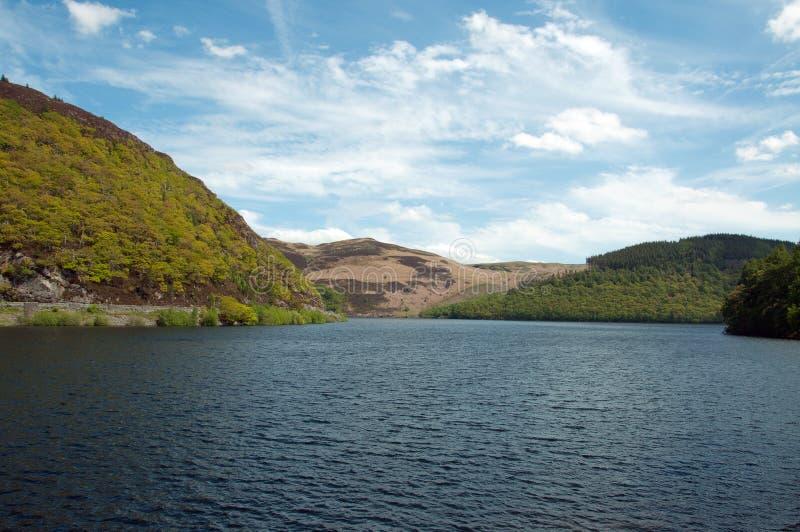 Paesaggio di estate nella valle di slancio di Powys, Galles immagini stock libere da diritti