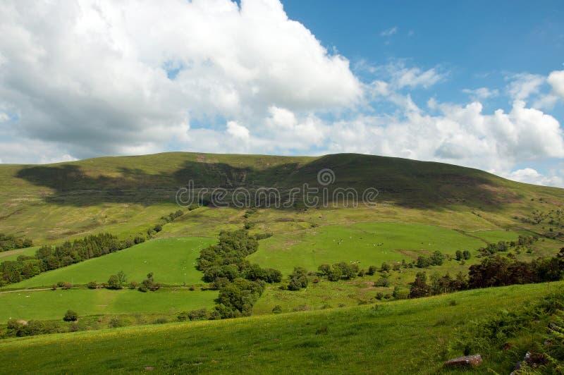 Paesaggio di estate nelle montagne nere della campagna inglese immagini stock