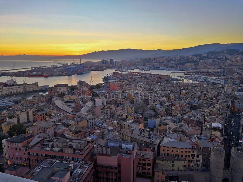 Paesaggio di Genova da Terrazza Colombo fotografia stock libera da diritti
