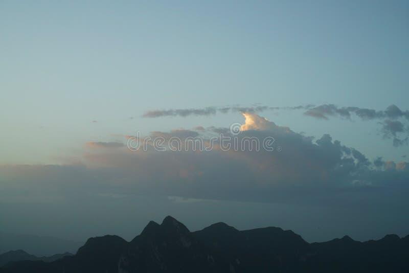 Paesaggio di Huashan della montagna fotografie stock