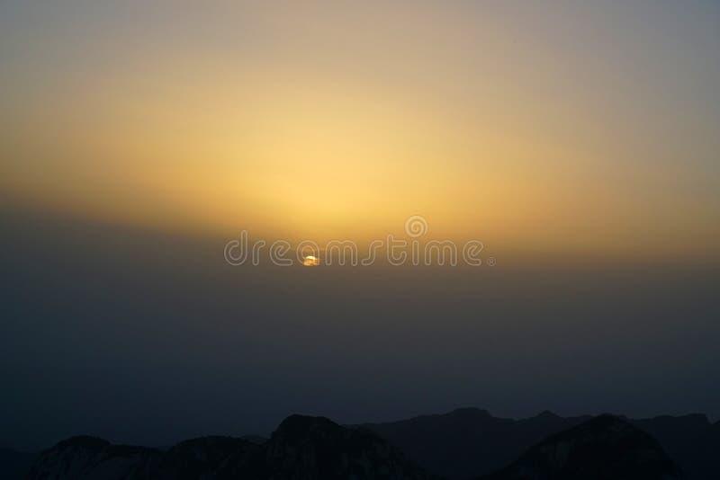 Paesaggio di Huashan della montagna fotografie stock libere da diritti