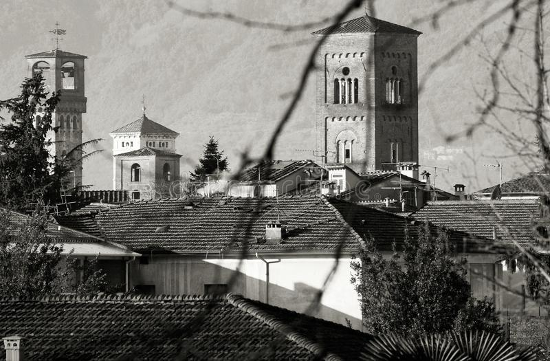 Paesaggio di Lucca Toscana Italia dei campanili immagini stock libere da diritti