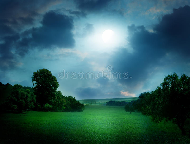Paesaggio di luce della luna fotografie stock