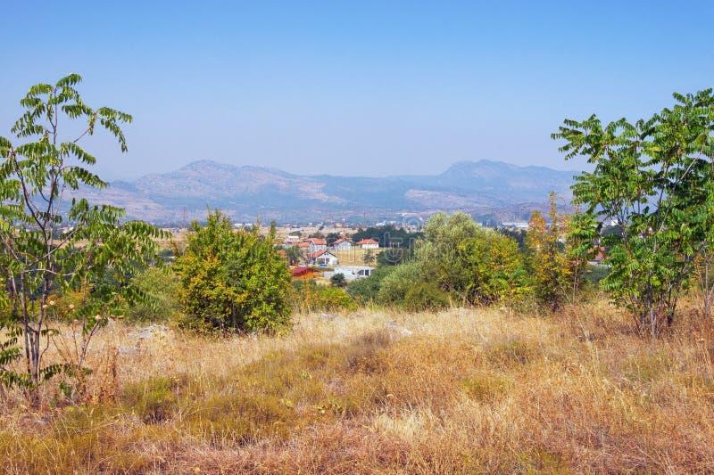 Paesaggio di Montenegrian Vista dalla collina di Dajbabe montenegro fotografia stock libera da diritti