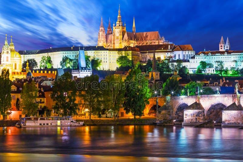 Paesaggio di notte di Praga, repubblica Ceca immagine stock