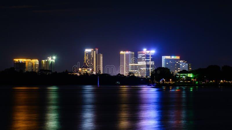 Paesaggio di notte di Rangoon immagine stock
