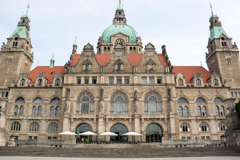 Paesaggio di nuovo municipio a Hannover, Germania immagini stock libere da diritti