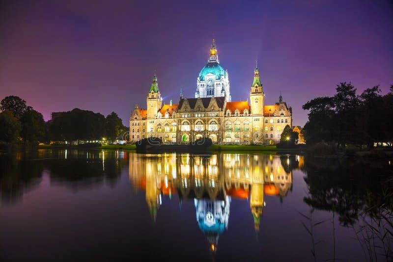 Paesaggio di nuovo municipio a Hannover, Germania fotografie stock