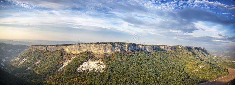 Paesaggio di panorama del plateau della montagna fotografie stock libere da diritti