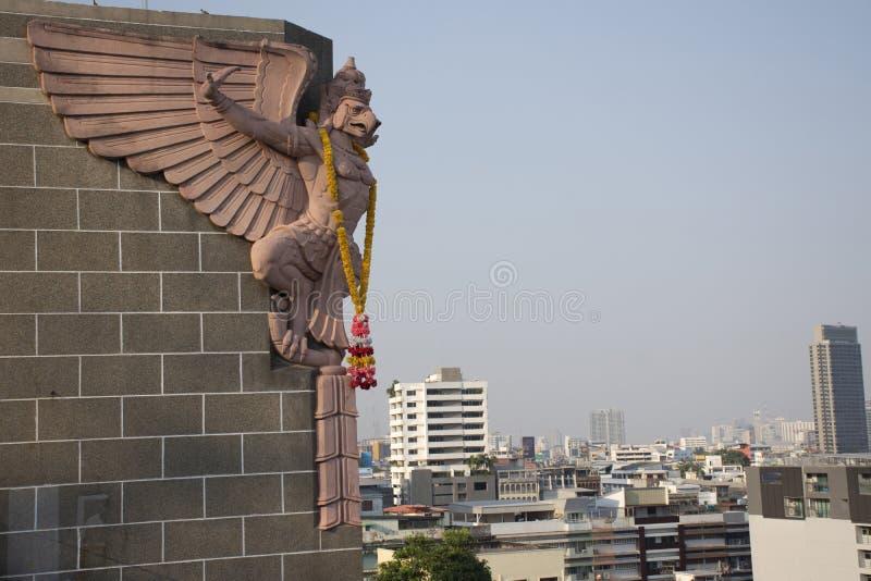Paesaggio di vista aerea e paesaggio urbano della città di Bangkok da grande costruzione postale al distretto di Rak di colpo a B immagini stock libere da diritti
