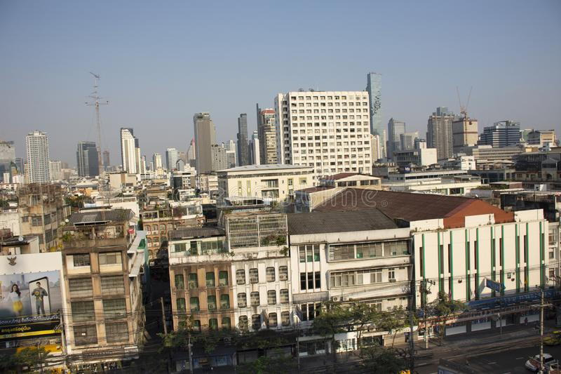 Paesaggio di vista aerea e paesaggio urbano della città di Bangkok dalla posta centrale al distretto di Rak di colpo a Bangkok, T immagine stock libera da diritti