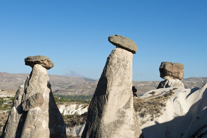 Paesaggio leggiadramente del camino di Cappadocia, corsa Turchia fotografie stock