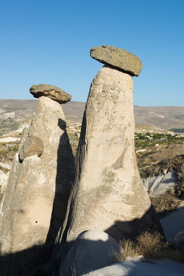 Paesaggio leggiadramente del camino di Cappadocia, corsa Turchia fotografia stock