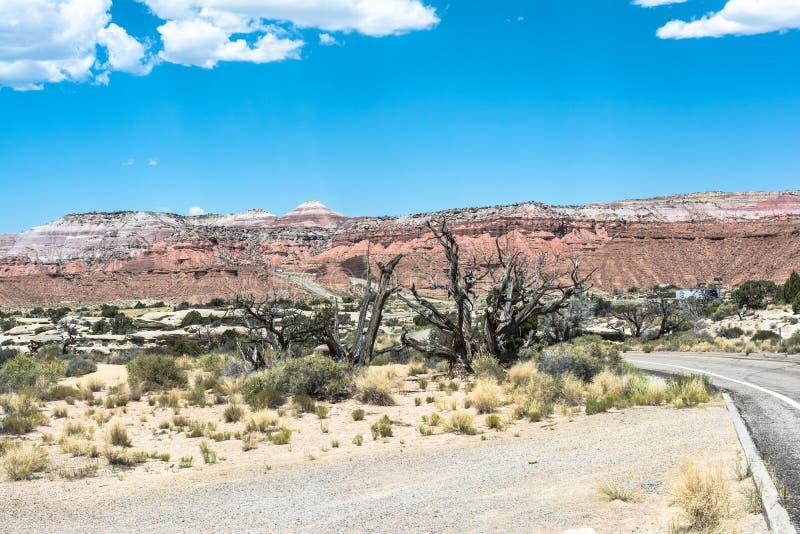 Paesaggio lungo 70 da uno stato all'altro nell'Utah immagine stock