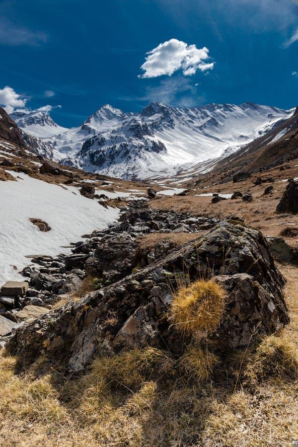 Paesaggio nevoso Francia della montagna fotografie stock libere da diritti