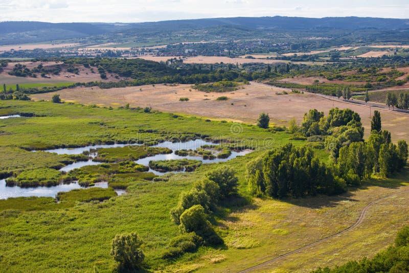 Paesaggio paludoso al villaggio di Tihany vicino al Balaton, Ungheria immagini stock libere da diritti