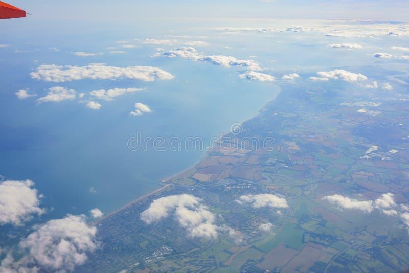 Paesaggio rurale aereo vicino all'aeroporto di Gatwick fotografia stock