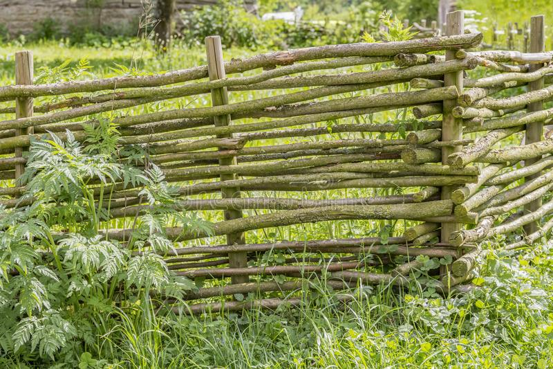 Paesaggio rurale con il granaio immagini stock libere da diritti