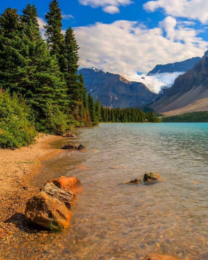 Paesaggio scenico del lago bow immagine stock libera da diritti