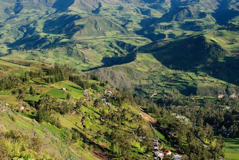 Paesaggio scenico della montagna nell'Ecuador fotografia stock