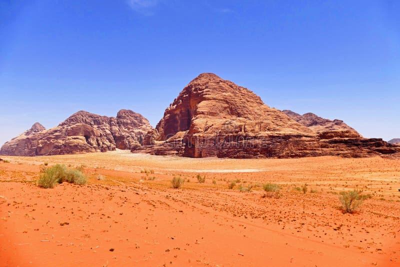 Paesaggio scenico Rocky Mountain in Wadi Rum Desert, Giordania fotografia stock libera da diritti