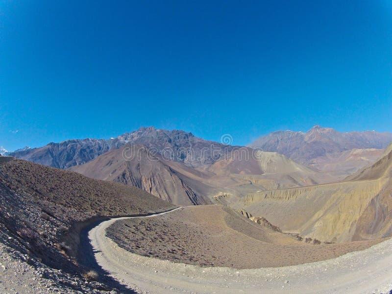 Paesaggio selvaggio dell'Himalaya fotografia stock libera da diritti