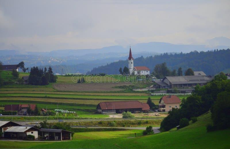 Paesaggio Slovenia Europa delle montagne del distretto di Trebnje fotografia stock
