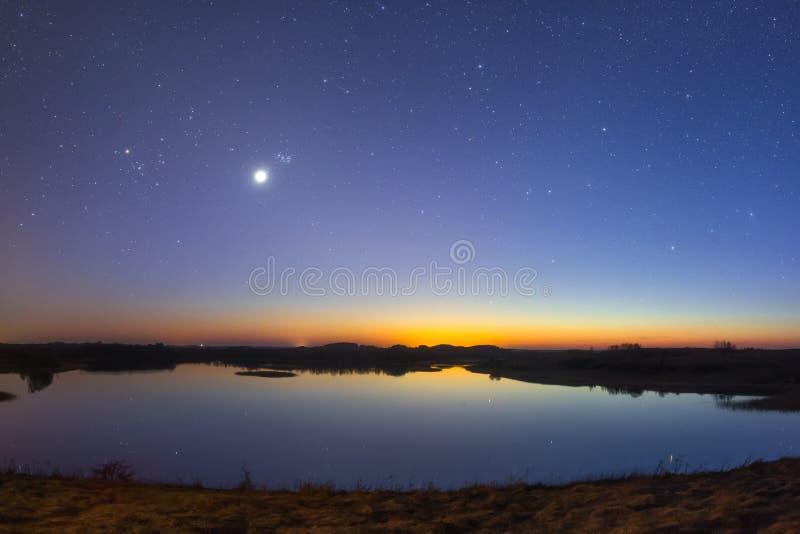 Paesaggio stellato di notte immagine stock libera da diritti