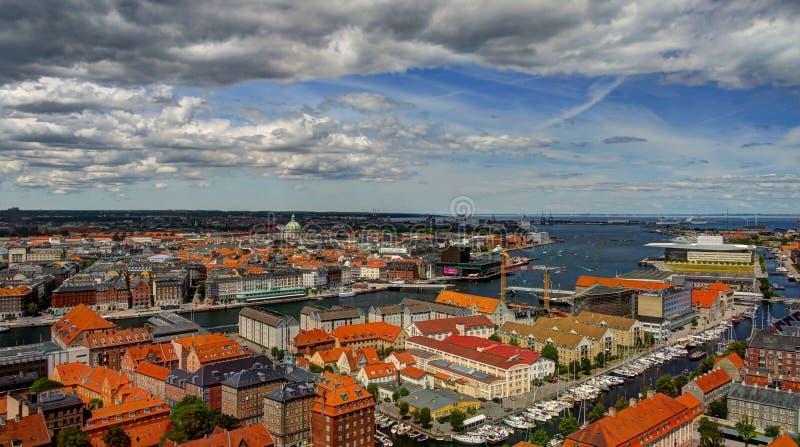 Paesaggio urbano aereo panoramico della città di Copenhaghen fotografia stock libera da diritti