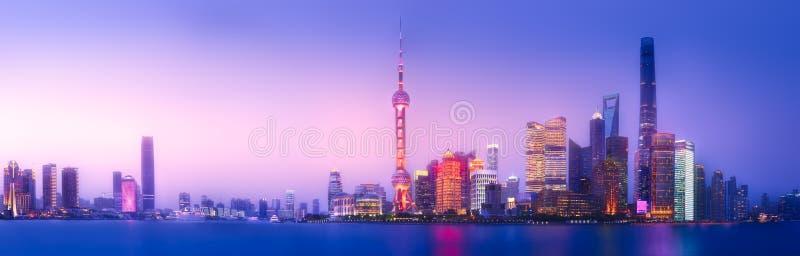 Paesaggio urbano dell'orizzonte di Shanghai immagine stock