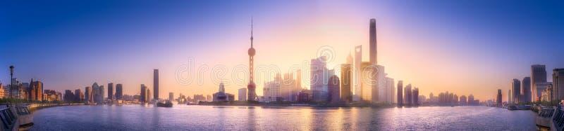 Paesaggio urbano dell'orizzonte di Shanghai fotografia stock