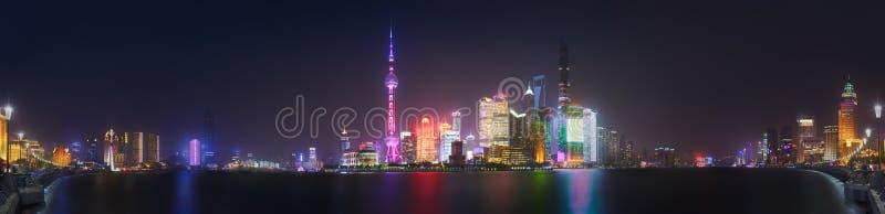 Paesaggio urbano dell'orizzonte di Shanghai fotografia stock libera da diritti