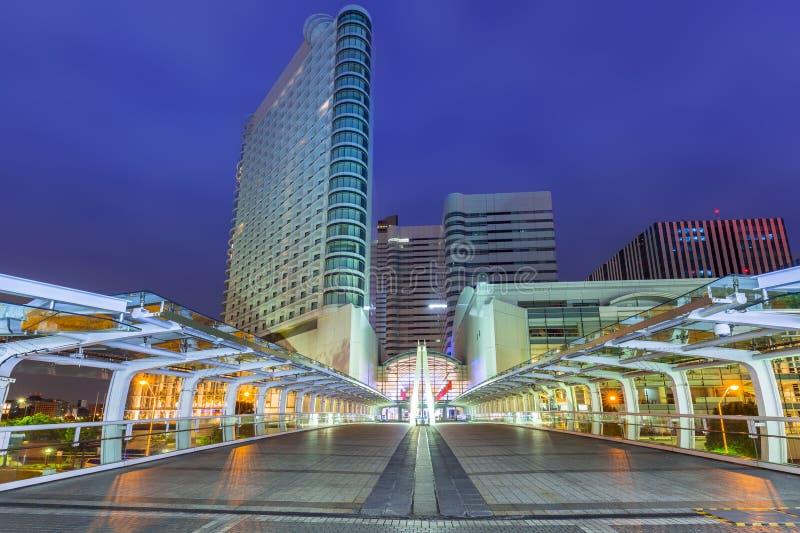 Paesaggio urbano della città di Yokohama alla notte immagini stock libere da diritti