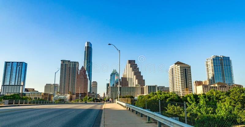 Paesaggio urbano di Austin da Ann W Ponte del viale del congresso di Richards fotografie stock