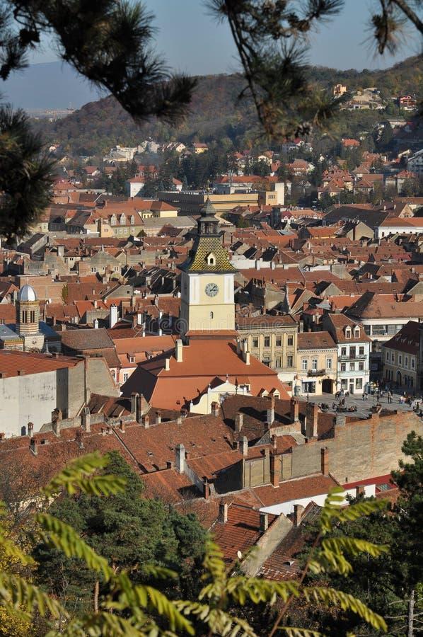 Paesaggio urbano di Brasov nella caduta fotografia stock