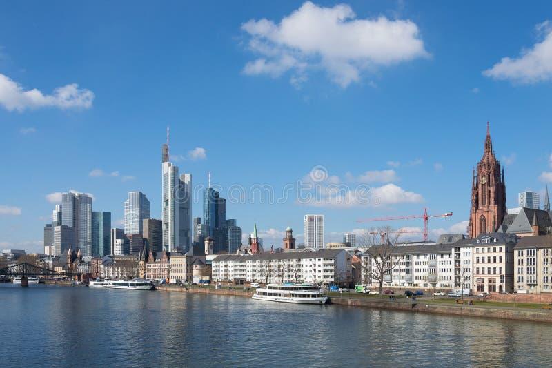 Paesaggio urbano di Francoforte, Germania immagini stock