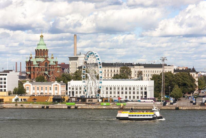 Paesaggio urbano di Helsinki, capitale della Finlandia fotografie stock libere da diritti