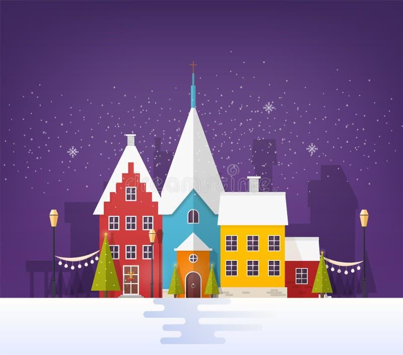 Paesaggio urbano di inverno o paesaggio urbano con le costruzioni o case e decorazioni festive della via nella sera nevosa Piccol illustrazione di stock