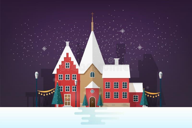 Paesaggio urbano di inverno o paesaggio urbano nella sera nevosa con le costruzioni e le decorazioni antiche della via di festa V illustrazione vettoriale