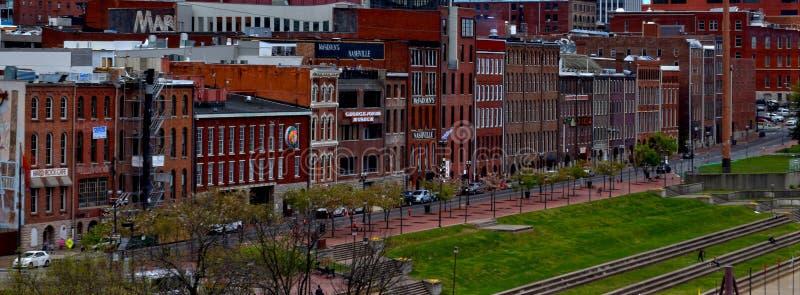 Paesaggio urbano di lungofiume di Nashville fotografia stock libera da diritti