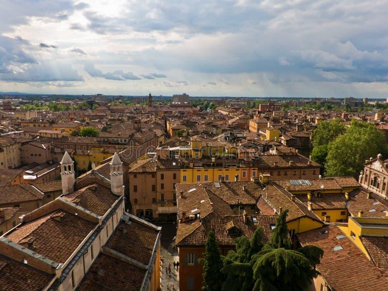 Paesaggio urbano di Modena, città medievale situato nella EMI fotografia stock