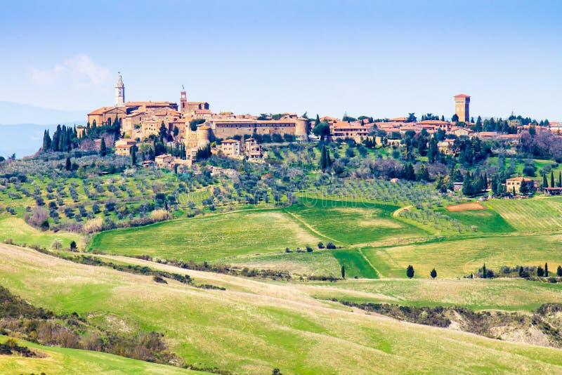 Paesaggio urbano di Pienza, in Toscana, l'Italia fotografia stock