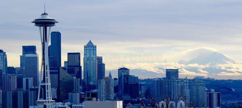 Paesaggio urbano di Seattle dopo la tempesta di un inverno fotografia stock