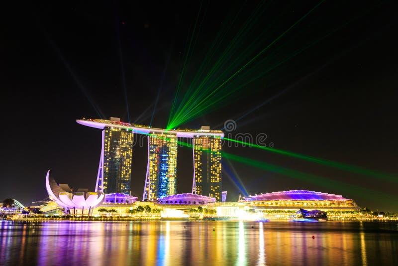 Download Paesaggio Urbano Di Singapore Alla Notte, Singapore - 17 Gennaio 2015 Immagine Stock Editoriale - Immagine di aperto, sera: 55361494
