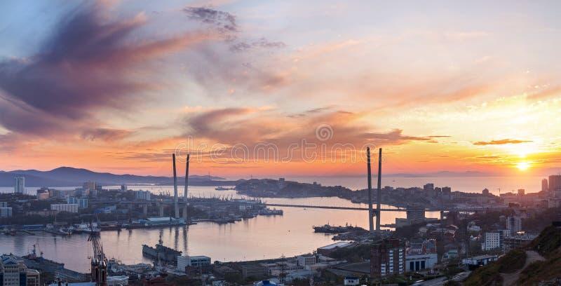 Paesaggio urbano di Vladivostok. fotografia stock libera da diritti
